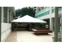 tenda piramidal fechada