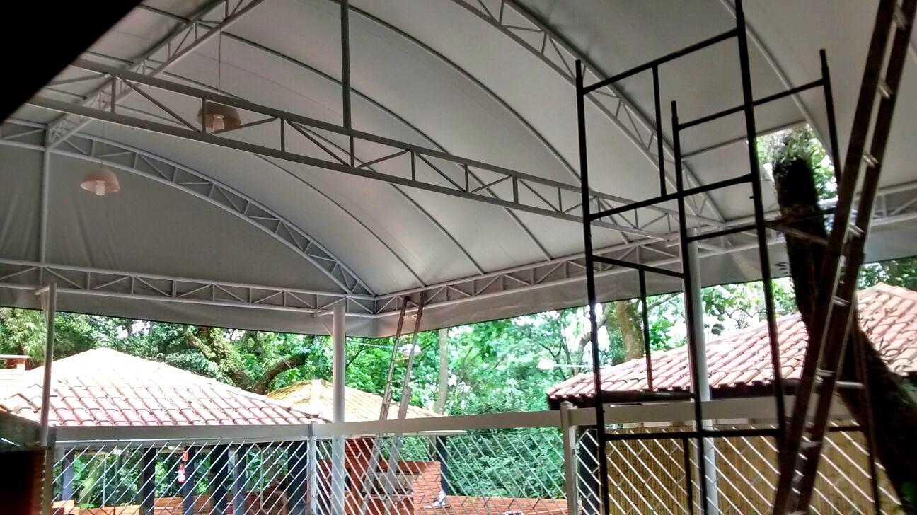 Serviços de Empresa de Coberturas no Jardim Guarapiranga - Empresa de Toldos e Coberturas